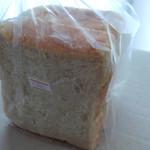 かおり工房 - 料理写真:食パン