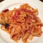 DINING APPAYAN - ベーコンと茄子のアラビアータ(タリアテッレ)