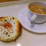 サンマルクカフェ - 目玉焼きベーコン&ブラック