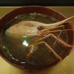 丸長寿司 - 海老の赤だし