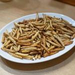 ソンポーン - 2013.7 サービスで頂いた竹蟲の揚げ物