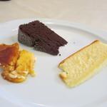 表参道バンブー - ガトーショコラ、チーズケーキ、クレームブリュレ