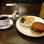 風街 - ハンバーガーモーニング 。コーヒーもハンバーガーもおいしかったです。ごちそうさまでした。