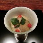 御料理 伊とう - <2013年7月>イチジクのお料理。これもヒンヤリツルっと頂きます。