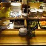 麺や ほり野 - 取り放題の惣菜