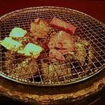 和牛 涼 - 炭火焼き