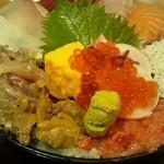 Uomori - 魚盛ちらし 980円
