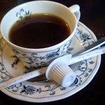 アラ・コンタディーナ - サイフォンで入れたコーヒー