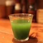 山本のハンバーグ - 今月の自家製野菜ジュース (ゴーヤ、胡瓜、ライチ、りんご、ほうれん草)