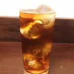 神戸牛丼 広重 - 烏龍茶・丸氷