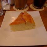 COFFEE AMP. - スフレチーズケーキ