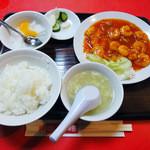 泰陽楼 - 海老チリソース定食