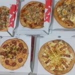 プリモピザ - 料理写真:ピザMサイズ5枚で4000円♪