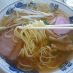20018990 - 中華そば(麺はこんな感じ)