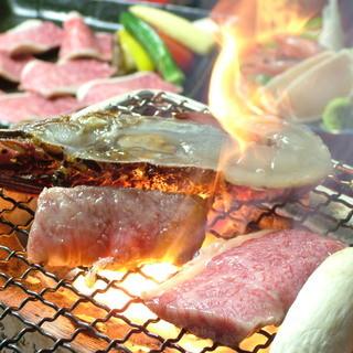 本格炭火焼きで海鮮を炙る♪極上の酒の肴に。