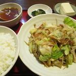 味の十八番 - 料理写真:野菜炒め定食 760円