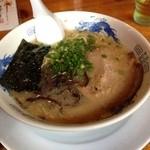 Bakubaku - こてこて豚骨ラーメン