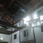 20030246 - 店内は天井が高く、大正モダンを彷彿とさせます。