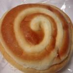 PEACE - クリームパン