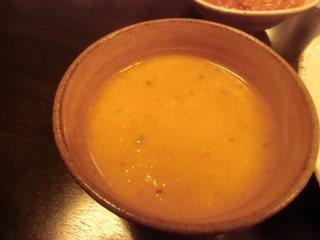 ネパール家庭料理 ホワイトヒマラヤ - ダルスープ