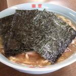 楽家 - こってりとんこつラーメン(太麺)中、750円