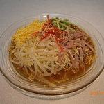信誠飯店 - 冷麺 750円