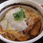 大衆食堂 半田屋 - 「カツ丼」がなんと¥350円