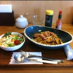 カフェ モナミ - ランチ:生パスタ、トマトソース