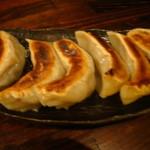 中国料理酒家 中 - 黒豚鍋貼餃子