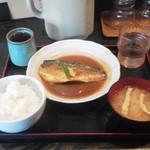 まんぷく食堂 - サバ味噌煮定食¥500