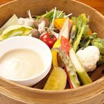 渋谷桜丘町 ろくよん - 旬野菜のせいろ蒸し和風バーニャカウダ