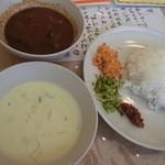 スリランカ料理 ラサハラ - スリランカセット 900円