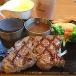 ビッグボーイ - 料理写真:ビーフステーキ130g。 サラダバー、スープバー、カレーバー、ライスバーが付いて、¥999-安い!