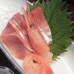 手作り旬菜と地酒 せん - お刺身も新鮮でした。