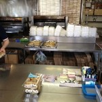 保立川魚店 - 鰻ちゃんだけが置いてあります。
