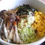 松園 - 油そば。 初めて食べましたが美味いっす!