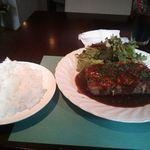 キッチン直樹 - 2013/07/16のランチ(和牛ミンチと夏野菜チーズ重ね焼き)