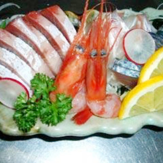 地場の新鮮なお魚料理