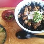 コンセーユ - サザエ丼♪  900円☆ ボリュームもあって、味付けもおいしー(^^)満足。