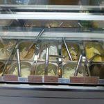 ドーカン - この日のジェラートは、8種類。「桜塩ミルク」「ミルクティ」「甘夏ヨーグルト」「チョコチップ」「ラムレーズン」「キャラメル」「バニラ」