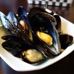 オリーヴ - ムール貝のワイン蒸し