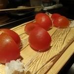20085111 - トマト