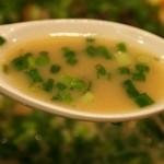 札幌 Fuji屋 - 豚ソバ 醤油 ネギだく! スープ