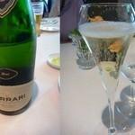 リストランテ カノビアーノ - 友人の一人が「スパークリングワイン」を追加しましたので、皆、同じように追加で。