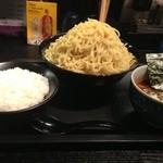 20089618 - カリーつけ麺トリプル盛り、大ライス。