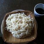 福山製麺所 - 料理写真:半分はざるうどんにしてみました。うみゃー・・・ス!!!!