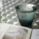 Sghr cafe Kujukuri - スガハラガラスさんのグラスでお水のサービス