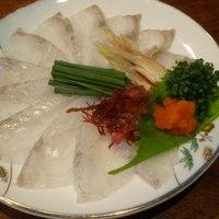 なゝ樹 - この季節の旬魚鱸の刺身900円