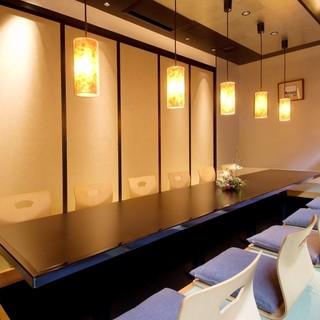 6名様~10名様までご利用いただける堀炬燵個室です。