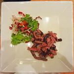 Les deux Bleue - 和牛ランプ肉のステーキ